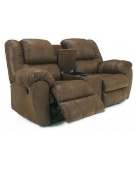 Ashley Furniture Quarterback Loveseat con Reclinable y Consola Café - Envío Gratuito
