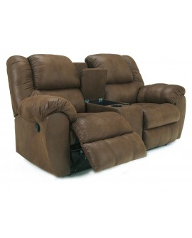 Ashley Furniture Quarterback Loveseat con Reclinable y Consola Café
